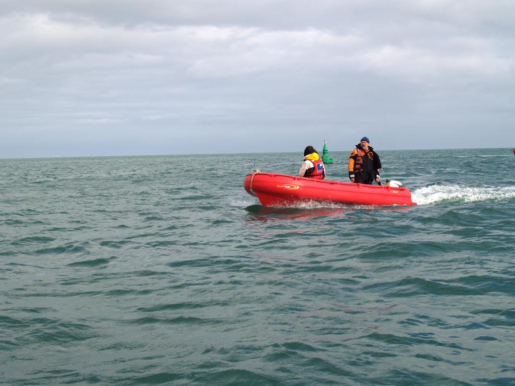 Barque Fun Yak secu 13 en mer